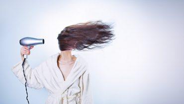 can hair dryer cause dandruff