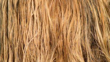 Does leaving hair dye in longer make it last longer